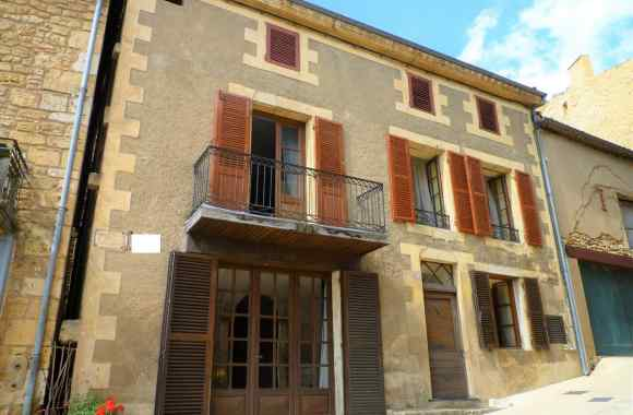 Property for Sale - House / Character property - belves